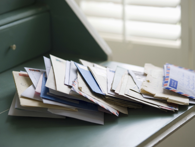 Don't Go Postal! 6 Creative Ways to Tame Your Mail Mess  image